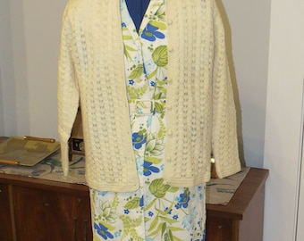 Vintage 1950s | Cream Colored Wool Cardigan Sweater | By Fashionelle