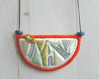 Embroidery necklace, bib necklace, textile pendant, embroidery pendant, fabric necklace, textile jewelry, hand drawn pendant collar necklace