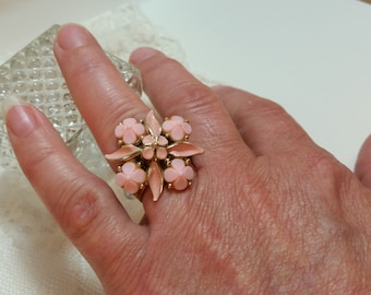 VINTAGE RING Reclaimed Vintage Opaque Pink Pressed Milk Glass Flowers Enamel Leaves Jewelry Dress Up Adjustable One of a Kind