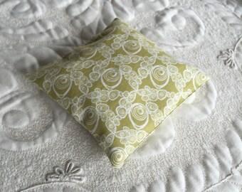 Balsam Fir Sachet - Organic Balsam Fir - Cotton Fabric- Balsam Sachet - Modern Eco friendly- Aromatherapy - Spa - green white geometric