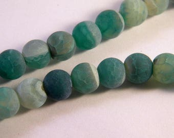 5 beads 10mm - emerald green frosted cracked agate AG11
