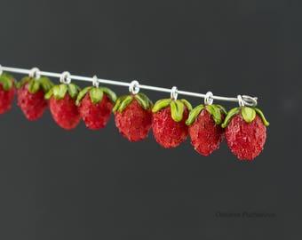 Artisan lampwork strawberry beads , Glass strawberry bead, 1 pc  berry  lampwork beads,  lampwork bead with handmade strawberry