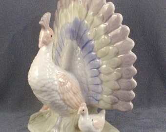 Porcelain Peacock Figurine // With Chick // Pastel Colors // Very Pretty // Mom and Chick