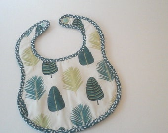 Baby or baby bib in white and green