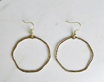 Hammered circle hoop earrings