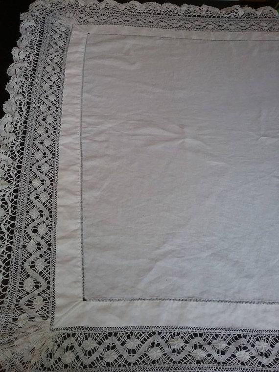 Vintage Cotton and Lace Tablecloth, Vintage White Cotton and Lace Linen, Vintage Monogram Tablecloth, Vintage Dining Tablecloth, Retro Linen