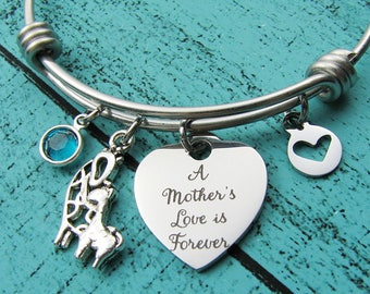 Mom gift bracelet, new Mom baby shower gift, Mothers Day gift, Mommy and me giraffe, Mom birthday gift jewelry, birthstone Mother to be gift