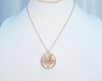 Best boho chic gold tree pendant necklace gift, best gold filigree tree coin necklace, unique gold filled tree coin charm necklace for women