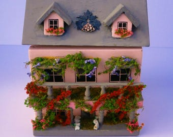 Miniature toy house