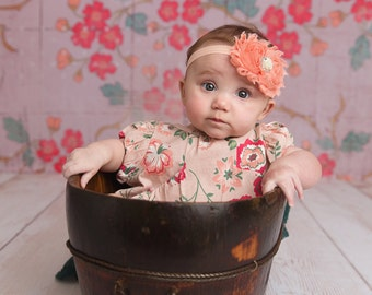 Peach headband - Peach bow - Peach hair bow - Shabby peach headband - Baby peach headband - Baby shower gift - Baby photo prop