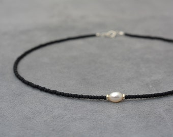 Choker necklace, Thin choker beaded necklace, One white pearl, Silver 925 beads and black sead bead necklace