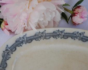 Ironstone Platter. Villeroy & Boch. Perlen. Blue Transferware. Creamware.