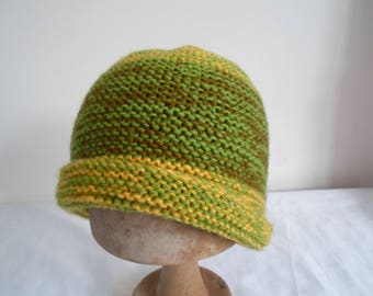 Yellow/green/brown handknitted hat