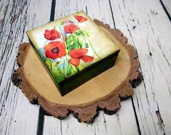 Wooden Green Red Poppy flowers decoupage Keepsake trinket jewelry Box gift for her home decor compartments antiqued