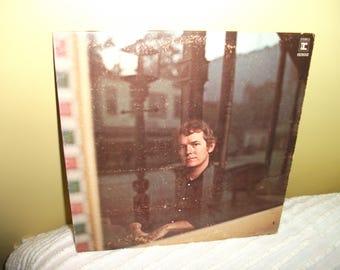 Gordon Lightfoot Sit Down Young Stranger Vinyl Record Album NEAR MINT condition