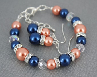 Navy Blue and Coral Bracelet Junior Bridesmaid Bracelet Bridesmaid Bracelet Maid of Honor Bracelet Pearl Jewelry Coral and Navy Wedding