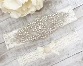 Ivory bridal garter Set NO SLIP grip vintage rhinestones, pearl garter set B08S-C30
