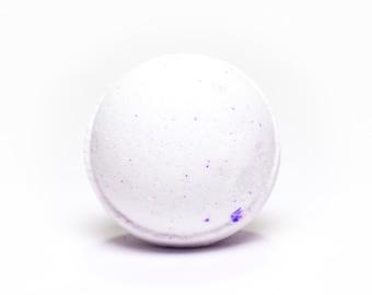 100% Natural Lavender Bath Bomb