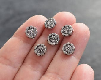 40 flower antique silver, 8 mm beads