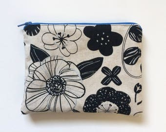 Small floral and raindrop zippered bag (blue zipper)