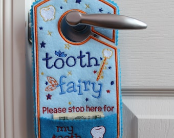 Tooth fairy door hanger, personalized tooth pocket, fairy money pocket, custom,alternative option to tooth pillow,boy,girl TF104