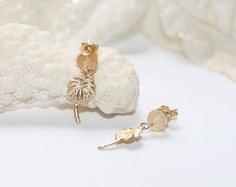 Gold plated studs, gold filled earrings, cornaline studs, gold plated earrings, yellow stone earrings, charm earrings, palm tree studs