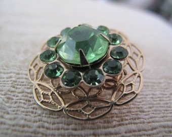 Emerald Green Rivioli Stone Vintage Brooch Mid Century Estate Jewelry collectible vintage jewelry
