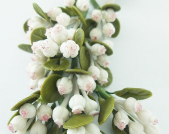 Handmade Miniature Polymer Clay Flowers Supplies Mistletoe 12 bunches