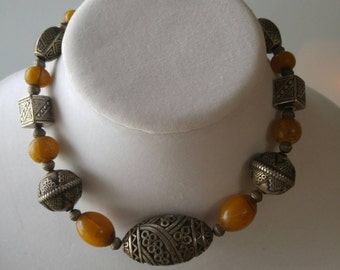 Upcycled jewelry - African amber necklace - Tribal necklace - Vintage necklace - Moroccan necklace - VJR332