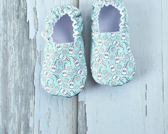 Milk & Cookies Blue Baby Shoes / Baby Moccasins / Baby Moccs / Vegan Moccs / Vegan Moccasins / Soft Soled Shoes / Waldorf / Montessori