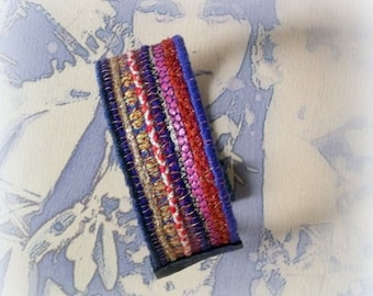 textile jewelry / ethnic bracelet/cuff/stripes and embroidery on felt
