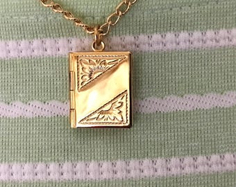 Book Locket Necklace, Sarah coventry Necklace, Locket Necklace, Book necklace, Vintage Necklace, for little Girl, Gift For Twins, #G78A