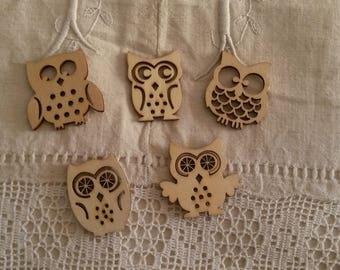 Set of 5 owls natural wooden / scrapbooking embellishments