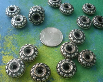 15 Heart Rondelles/ Spacer Beads/ Silver Donut Spacers/ Antique Silver Rondelles/ Chunky Necklace Bead BE101