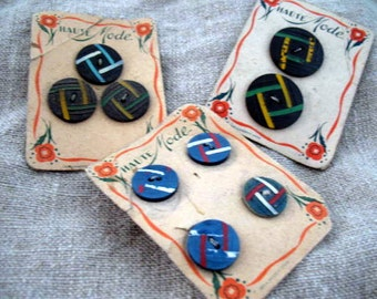 Set of 3 antique French (1940's) Haute Mode buttons bakelite? - 7 euro