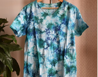 Blue & Green Crumple V Neck T Shirt