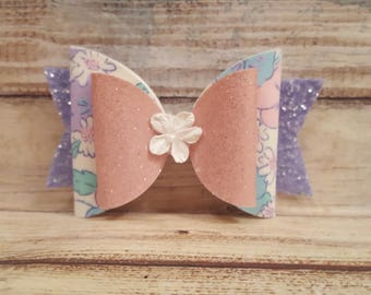 Gorgeous floral hairbow