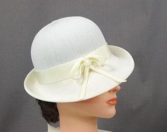 Vintage Kangol Cloche Hat, Cream Summer Hat, Vintage Cloche, Bucket Hat, Safari Hat