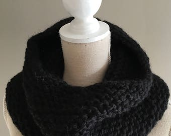 Carbon, hand knitted wool Snood