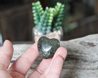 Labradorite Heart Stone, Wiccan Altar Supplies, Crystal Healing Stone, Wiccan Stone, Natural Labradorite Specimen, LOVE, Gemstone Heart