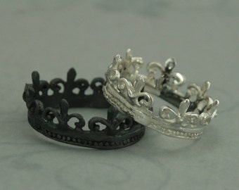 Ancient French Royalty Crown Ring--Sterling Silver Rustic Fleur de Lis Crown Band-Large Statement Ring-Game of Thrones