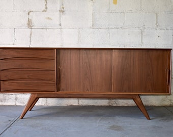 LONG Mid Century Modern styled CREDENZA media stand