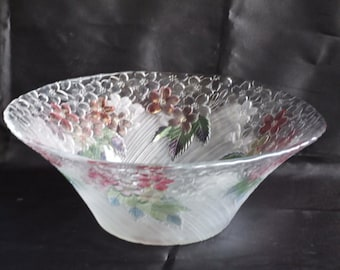 A very pretty floral Glass Bowl // Decorative Salad Bowl // Hand painted Scalloped Edge Glass Bowl