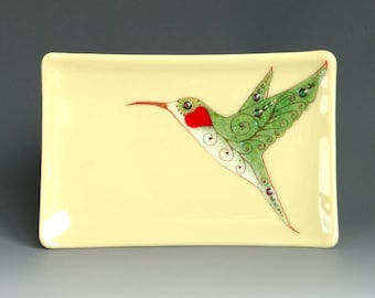 Hummingbird on Beige Fused Glass Dish Handcrafted Plate Trinket 22K Gold Green Red Heart