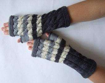 Handmade GRAY ( multicolor ) fingerless gloves, wrist warmers, fingerless mittens. Knitted of 100 % wool.