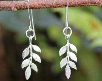 Silver Leaf Earrings, Tiny Leaf Earrings, Silver Dangle Earrings, Leaf Earrings, Silver Earrings