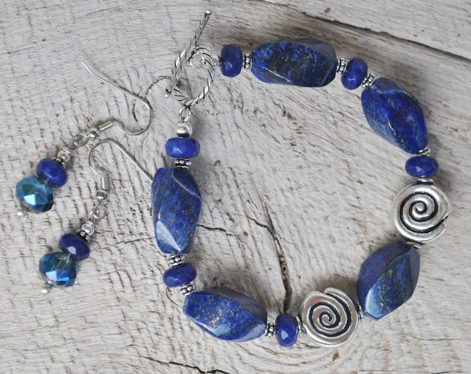 Blue Lapis lazuli stone bracelet set with Bali sterling silver beads