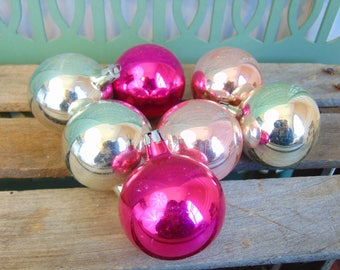 Vintage Glass Christmas Ornaments, Modern Farmhouse Christmas Decoration, Bulb Ornaments Made in Poland, Silver Pink Magenta, Set of 7