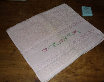 Rose embroidered hand guest towel
