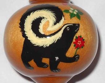 Personalized Skunk Ornament, Skunk under the Mistletoe, PWB-60